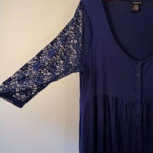 torrid Tops - Torrid size 2 top lace sleeves scoop neck violet